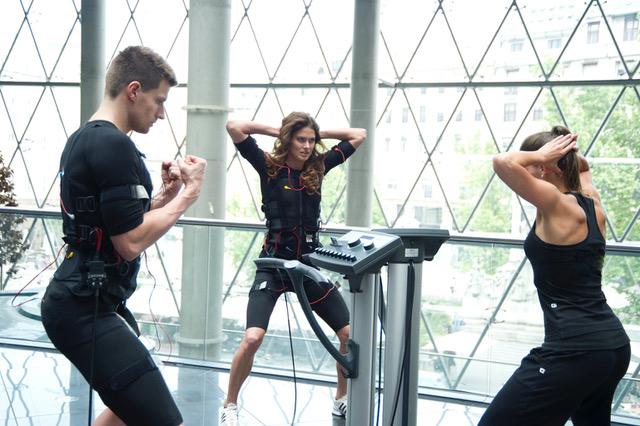 sporten verbluffend anders ems bodytec powerslim