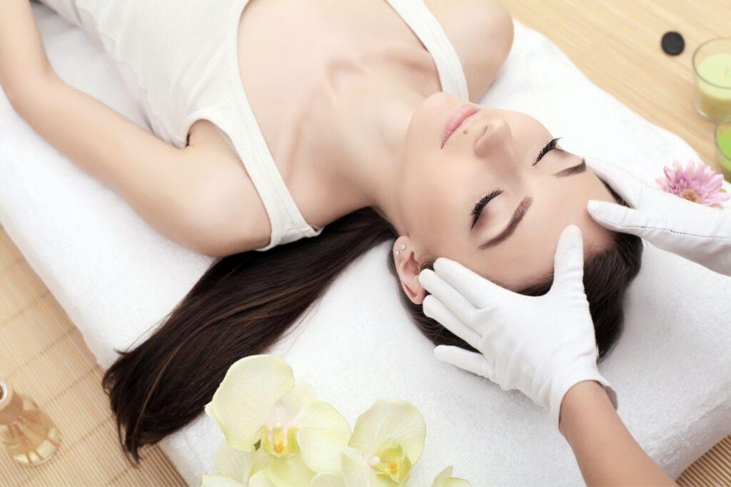 lichaamsbehandelingen : massage lichaam en gezicht verbluffend anders tilburg